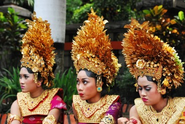 bangli-girls-bali-indonesia